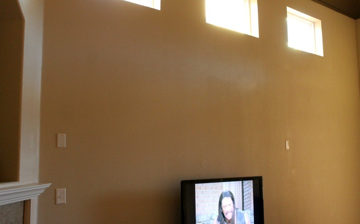 huge-walls-new-house