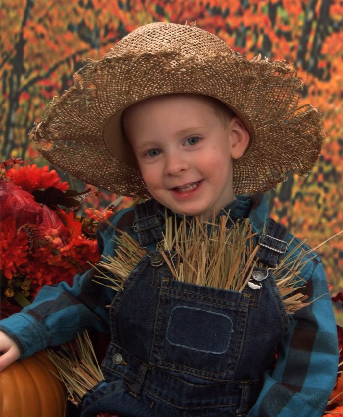 DIY Scarecrow Costume for Halloween: Child at Heart Blog