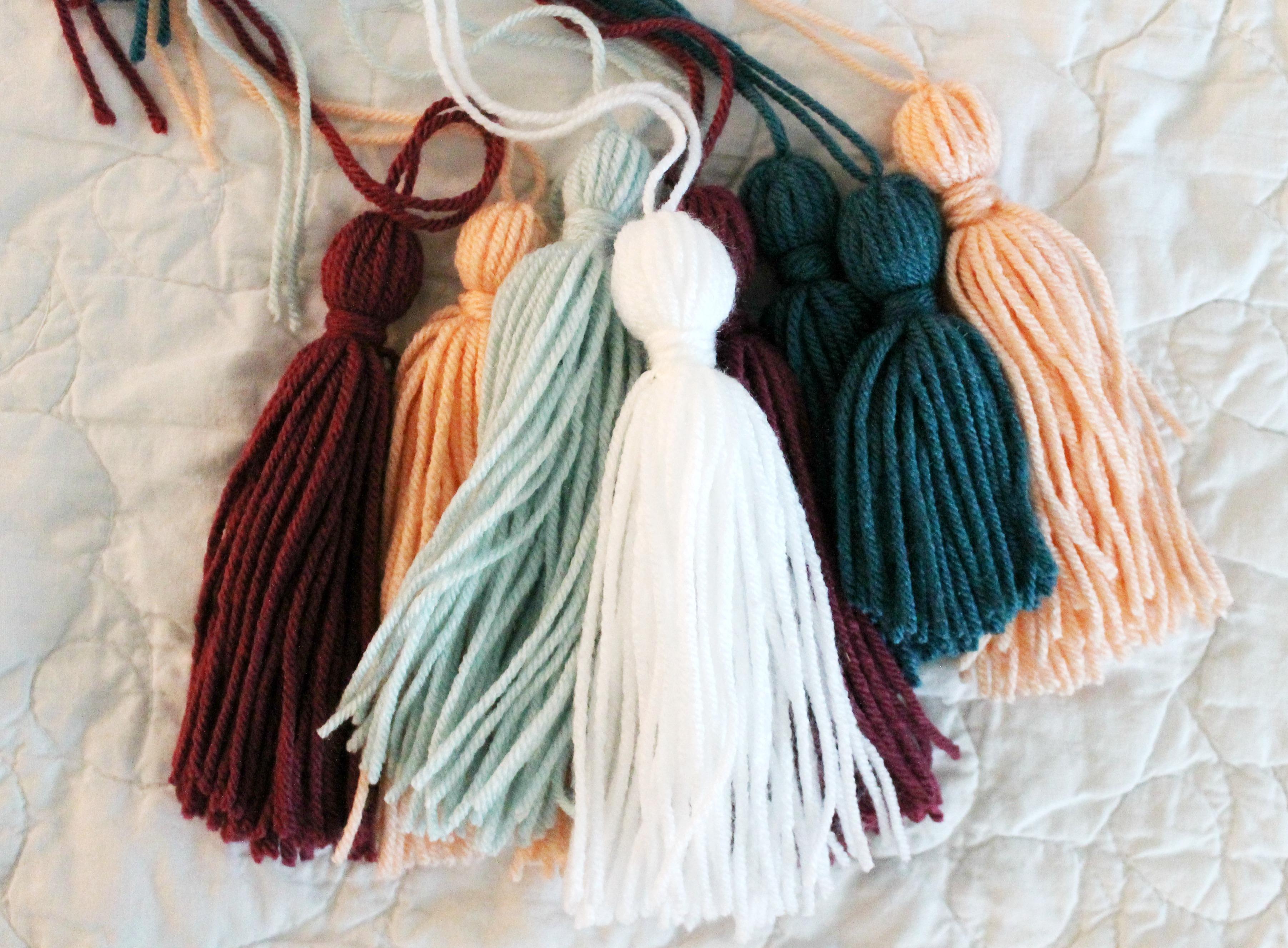 DIY Tassel Dreamcatcher Yarn Wall Art Tutorial: The Child at Heart Blog
