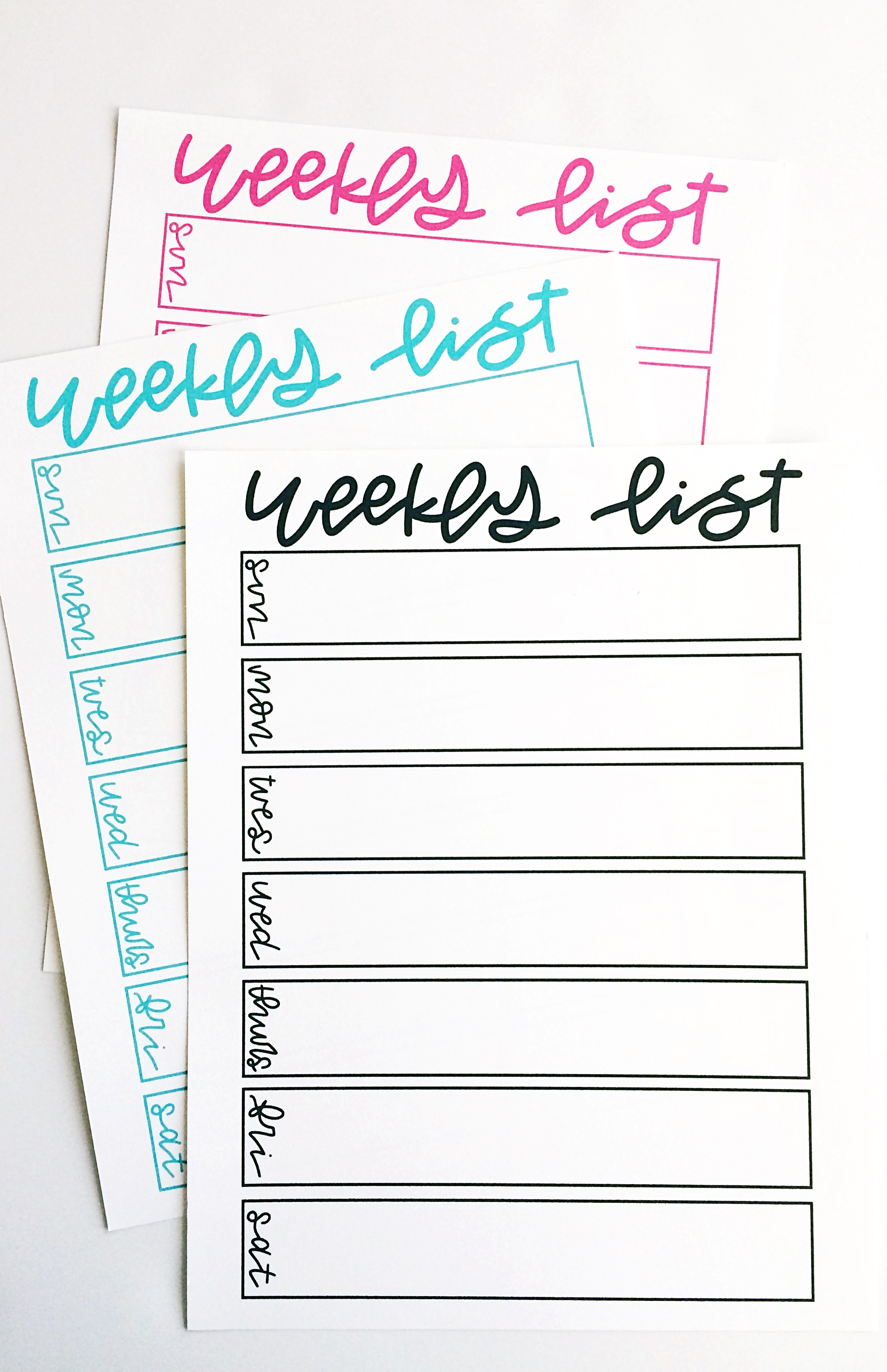FREE Weekly Calendar List Printable from @thechildatheartblog