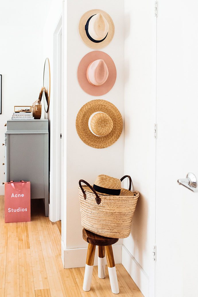 hat-wall-decor-idea